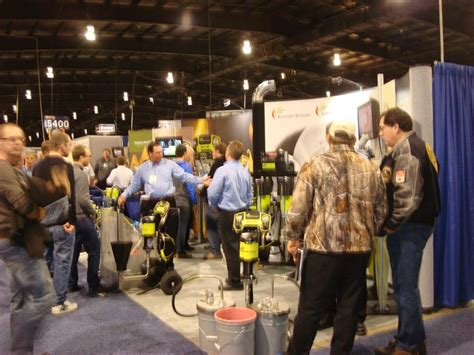woodworking show toronto toronto wood machinery show opens with a today