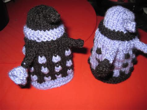 knitted egg cosy pattern doctor who knitting patterns in the loop knitting