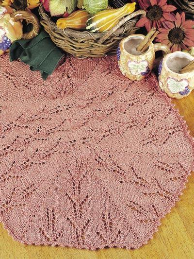 free knitted table runner patterns knitting table treatments medallion table runner