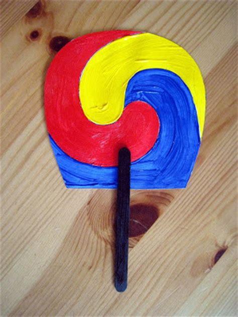 korean paper crafts 4 traditional korean sam taeguk fan