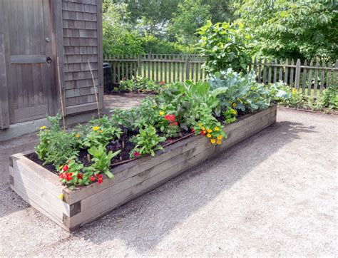 best soil for raised vegetable garden beds garden soil calculator 17 best images about raised beds