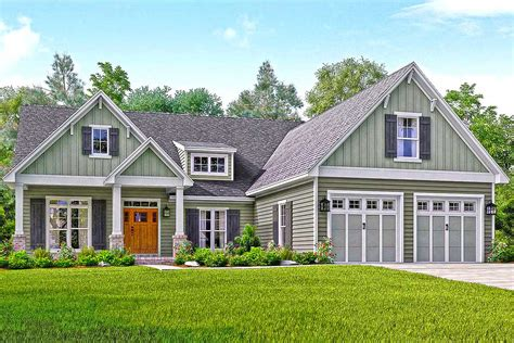craftsman style house floor plans well appointed craftsman house plan 51738hz architectural designs house plans