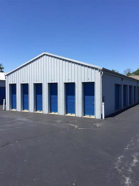 Storage Units Greenwood Indiana by Store N Lock Self Storage Facility In Greenwood Indiana