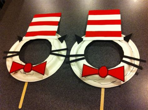 hat crafts for best 25 cat in the hat ideas on