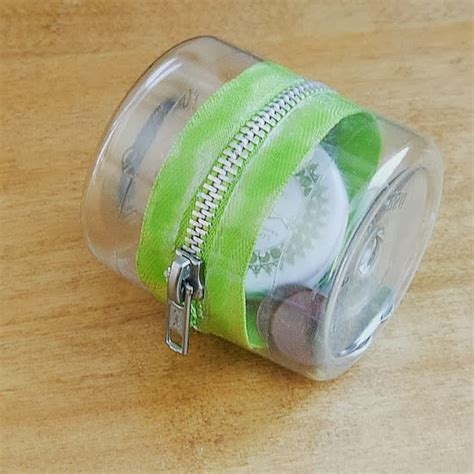 diy plastic diy plastic bottle zipper container diy crafts