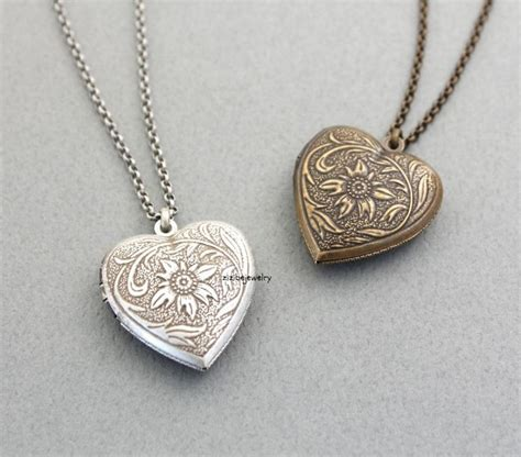 lockets for jewelry 25 best ideas about vintage lockets on