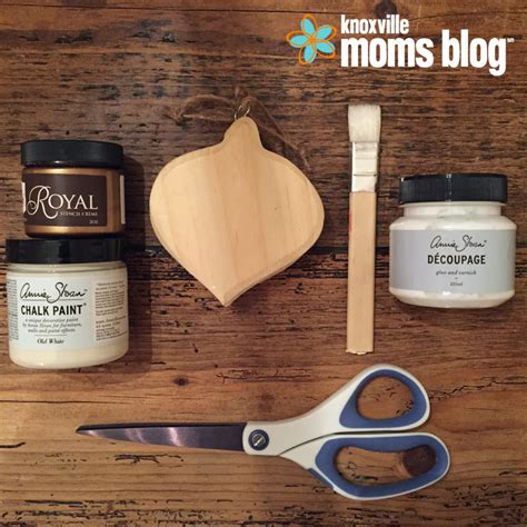chalk paint knoxville tn diy photo ornaments for the holidays