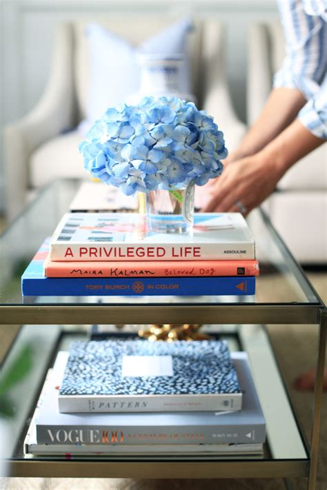 book it coffee table decorating with coffee table books