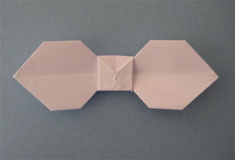 bowtie origami how to make a traditional origami bow tie