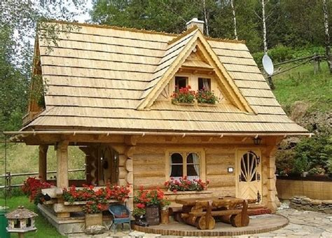 small log cabin home house 9 log cabin homes that were built for less than