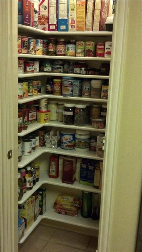 kitchen closet pantry ideas 25 best ideas about small pantry closet on