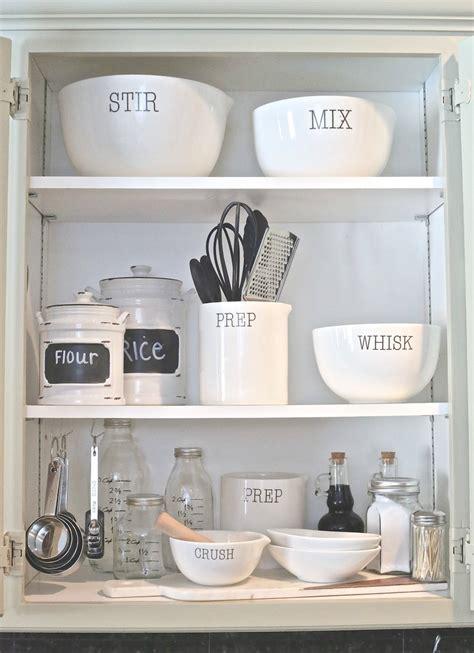 kitchen cabinet organizing ideas creative kitchen organizing