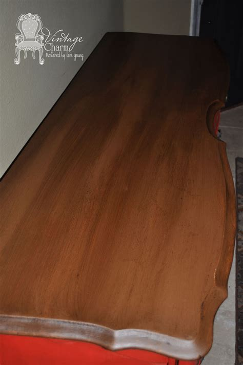 chalkboard paint for wood staining on top of chalk paint to create that wooden look