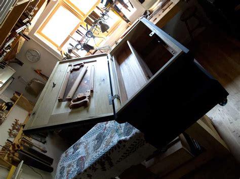 chris schwarz woodworking efficient backsaw storage in a tool chest