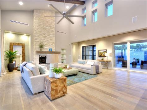 paint colors for living room with light wood floors colors for the living room that match a light wood floor