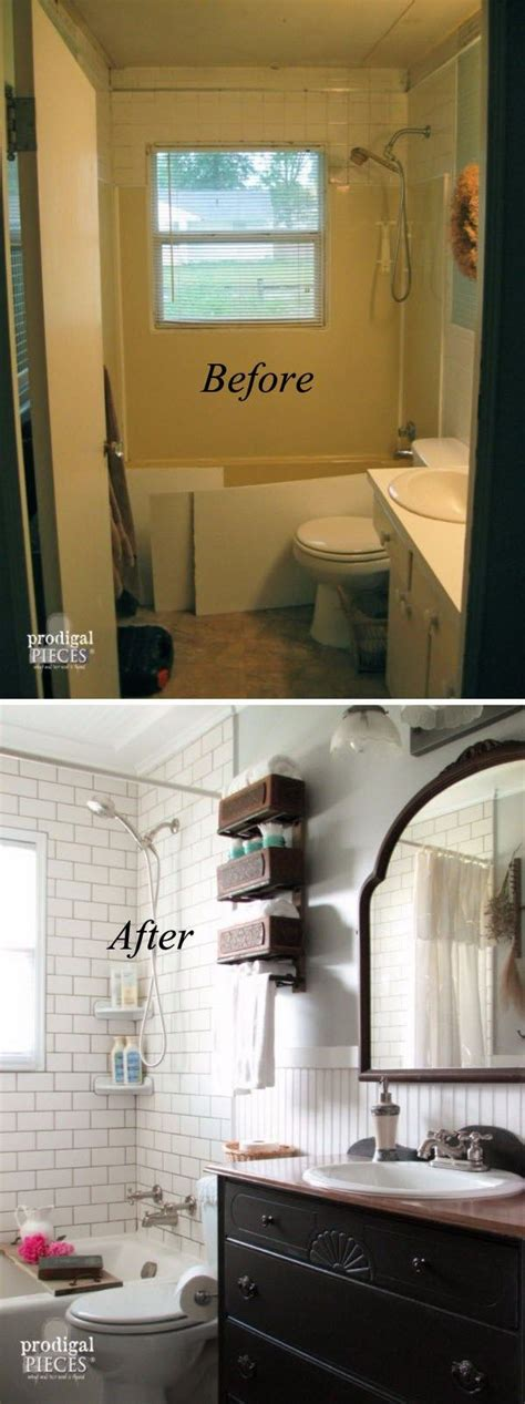 Bathrooms Makeovers by 25 Best Ideas About Small Bathroom Makeovers On