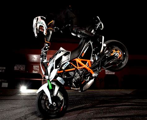 Ktm Car Wallpaper Hd by Bike Rok Bagoros Ktm Duke Stunt Motor Sport Edition