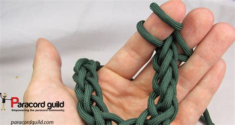 different types of finger knitting how to finger knit paracord guild