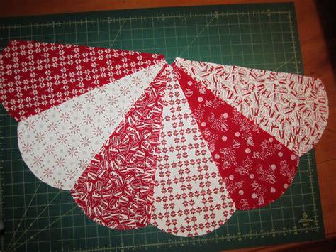 tree skirt pattern sew sunday s quilts tree skirt tutorial part 3