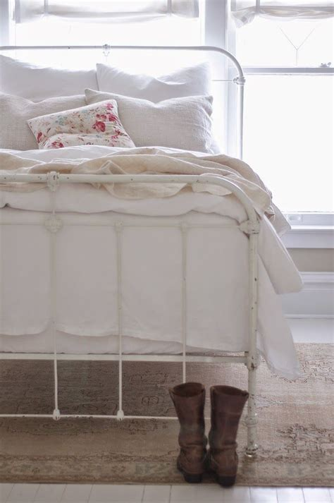 white steel bed frame best 25 white metal bed ideas on white metal
