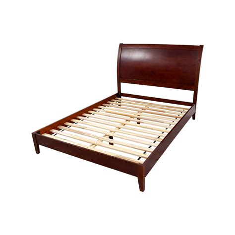 sleepy s bed frame 70 sleepy s sleepy s wooden bed frame beds