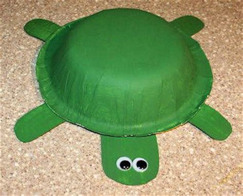 green crafts 25 best ideas about turtle crafts on sea