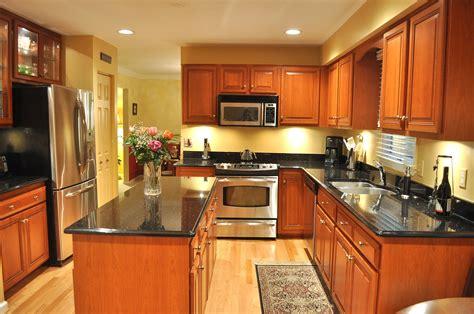 refacing kitchen cabinet doors best fresh refacing kitchen cabinet doors uk 6011