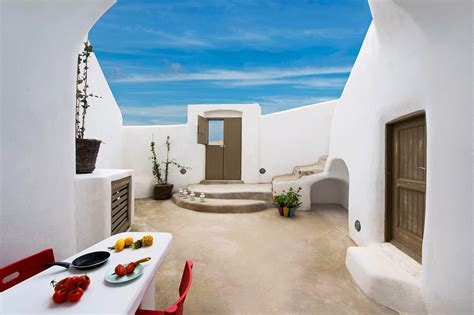 Mini Homes cycladic charm and cheerful chic the small architect s
