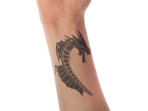 38 awesome wrist tattoos