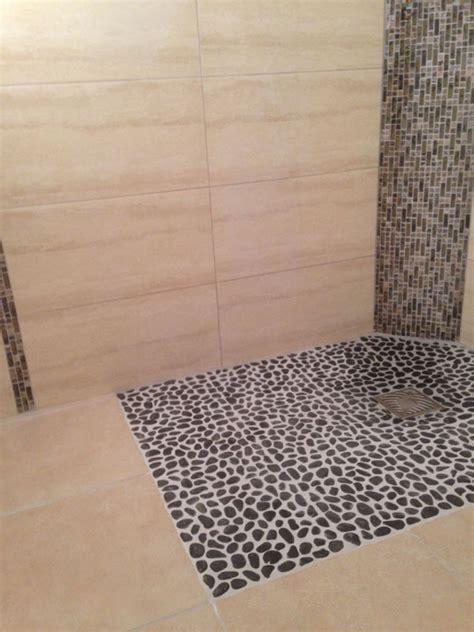 carrelage salle de bain avec carrelage exterieur galet carrelage salle de bain