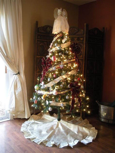 wrapping a tree with ribbon tree color transformed family
