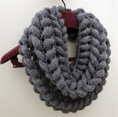 free knitting patterns for cowls 3 rabbits patterns scarf cowl knitting pattern