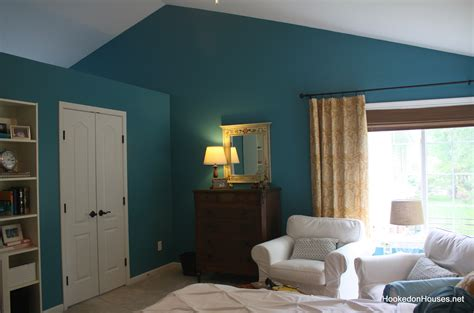 best paint colors for attic bedroom simple attic bedroom decors added teal and white themes