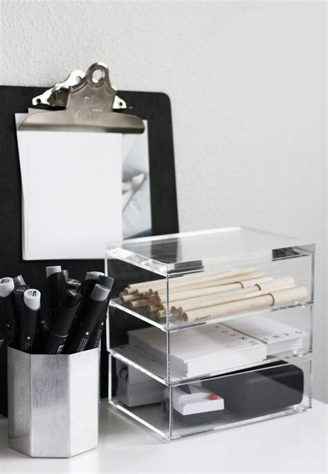 organizing desk 25 best ideas about work office organization on