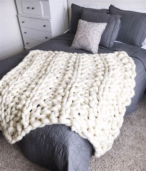 knitting blanket 17 best ideas about cable knit blankets on