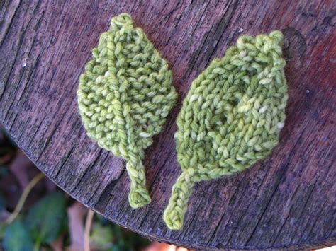 how to knit a leaf shape knitted leaf patterns suburbia