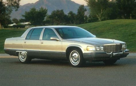 1996 Cadillac Fleetwood by 1996 Cadillac Fleetwood Information And Photos Zombiedrive
