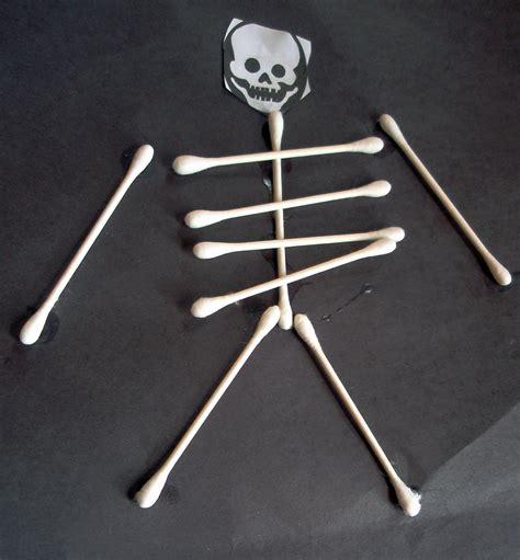 skeleton crafts for 187 cotton swab skeletons project nuttin but preschool