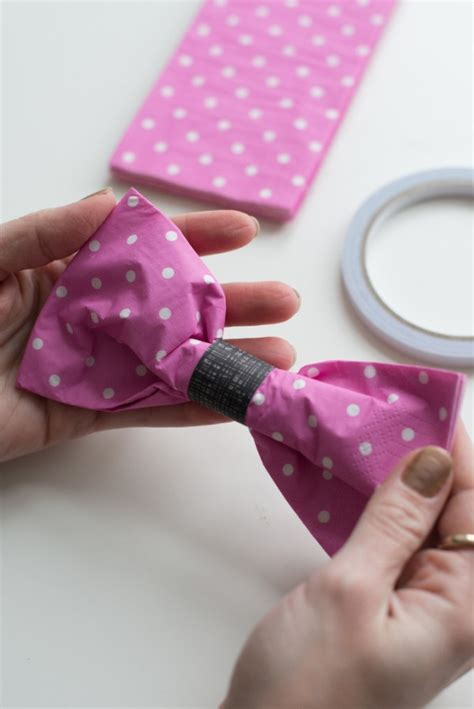 pliage de serviette en forme de nœud papillon pliage de serviettes nœuds papillons et pliage