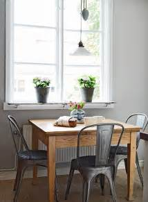 kitchen cafe table 25 best ideas about small dining tables on