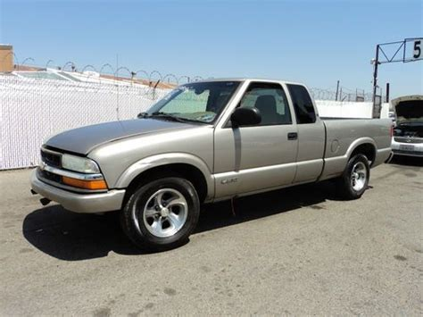 all car manuals free 2002 chevrolet s10 head up display sell used 2002 chevrolet s10 base crew cab pickup 4 door 4 3l no reserve in orange california