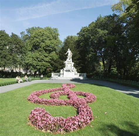 Garten Der Stadt Wien by Wiener Gartenkunst Die F 252 Nf Sch 246 Nsten Historischen Parks