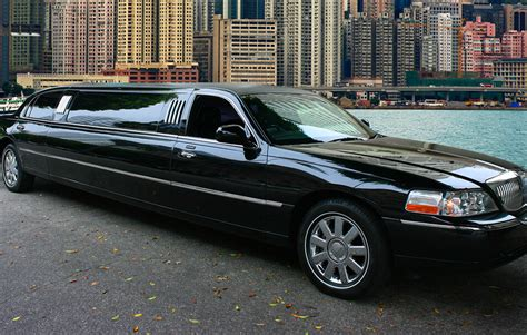 Limo Airport Transfer by Airport Transfers Limousine Service Executive Html