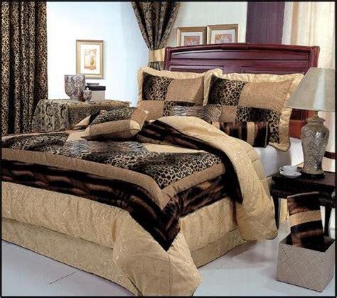 leopard king comforter set 7 king size leopard patchwork comforter set safari