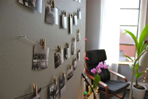 creative ways to hang pictures without frames 10 creative ways to hang photos without frames