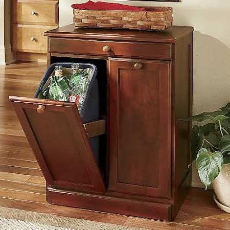 kitchen cabinet garbage can 1000 ideas about trash can cabinet on