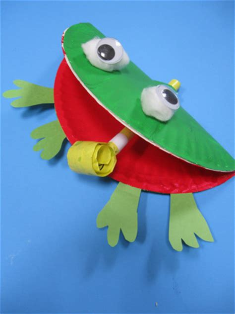 frog paper plate craft 100 paper plate crafts for tgif this is