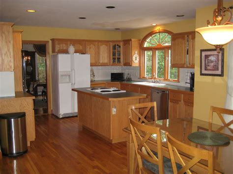 paint colors for kitchen walls and cabinets best kitchen paint colors with oak cabinets my kitchen