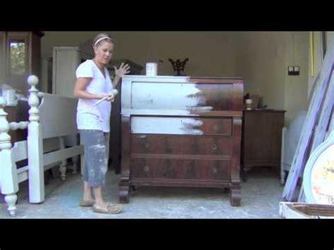 chalk paint tutorial sloan blue egg brown nest sloan chalk paint tutorial 1