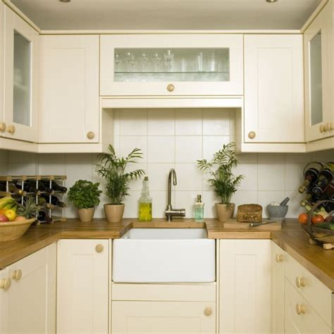 4 ideas creating country kitchen for small space 1759 compact kitchen with butler s sink small kitchen design